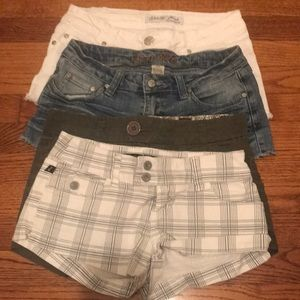 Shortie shorts size 3